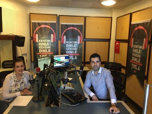 """Lokman Hekim Akay Hastanemizdeki  Uzm. Dyt. Ayfer Bozkurt  TRT Kent Radyo Ankara programında """"Ramazanda Beslenme"""", """"Ramazanda Su Tüketimi"""" ve """"Ramazanda İnsülin Direncini"""" konuştular."""